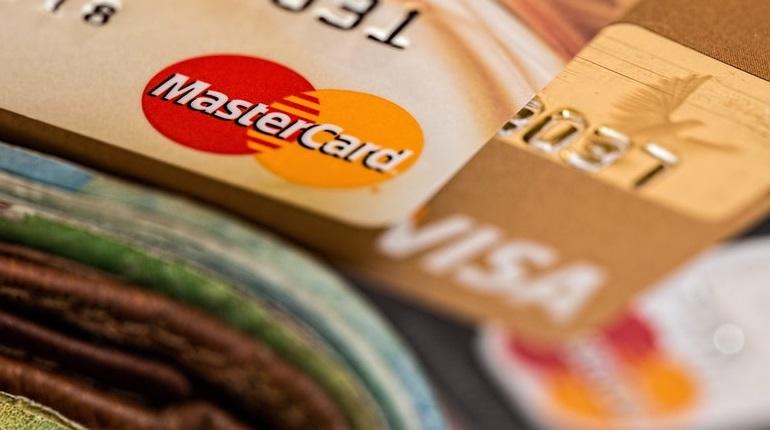 como conseguir seu cartão de crédito sem anuidade